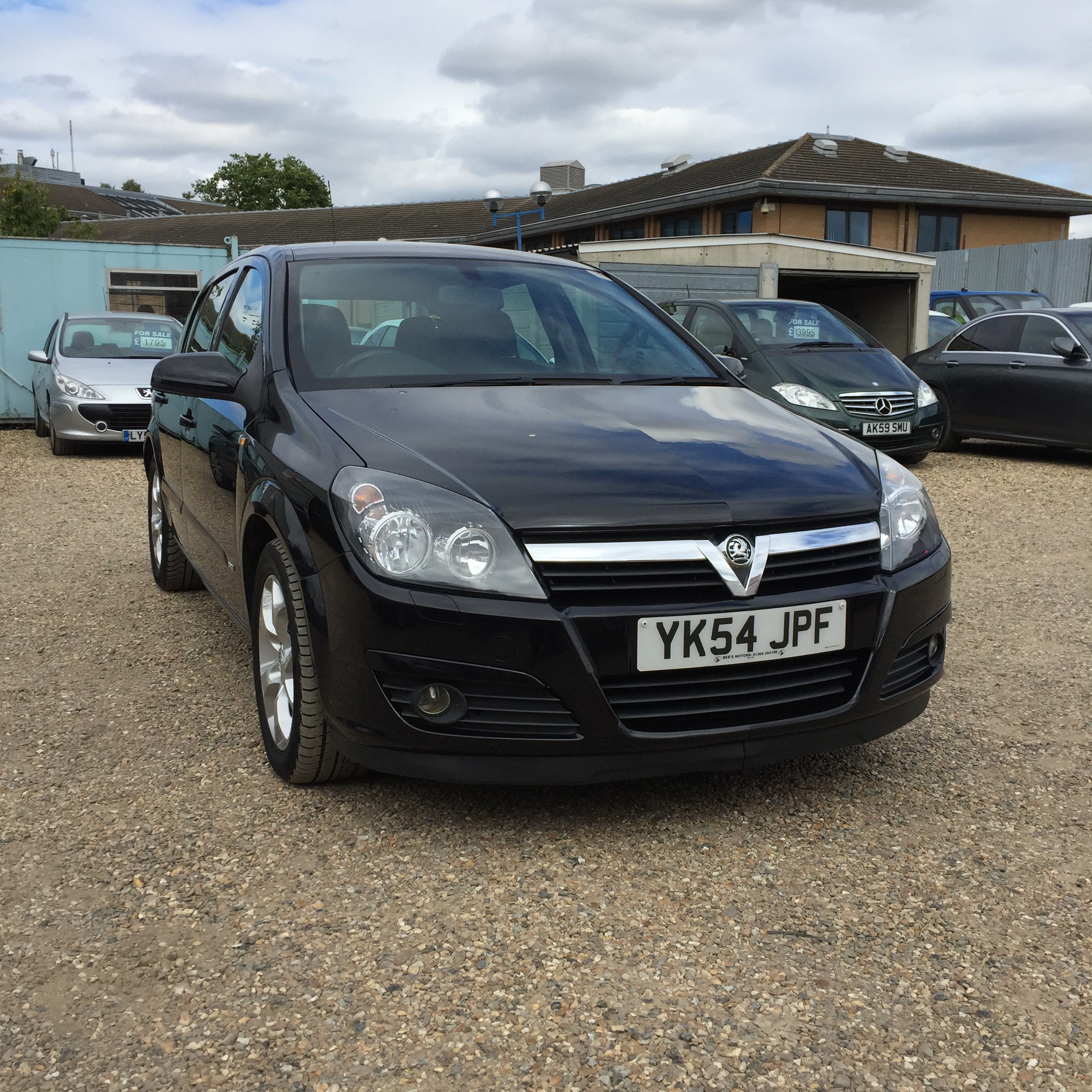 for sale vauxhall astra 1 7 cdti sxi diesel black cambridge station road garage. Black Bedroom Furniture Sets. Home Design Ideas